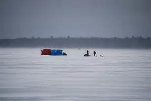lake-michigan-ice-fishing